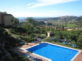 3 Bedroom luxury Villa Apartment with Garden and Shared Pool